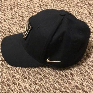 big sale 414ac 32528 Nike Accessories - Army West Point Nike cap